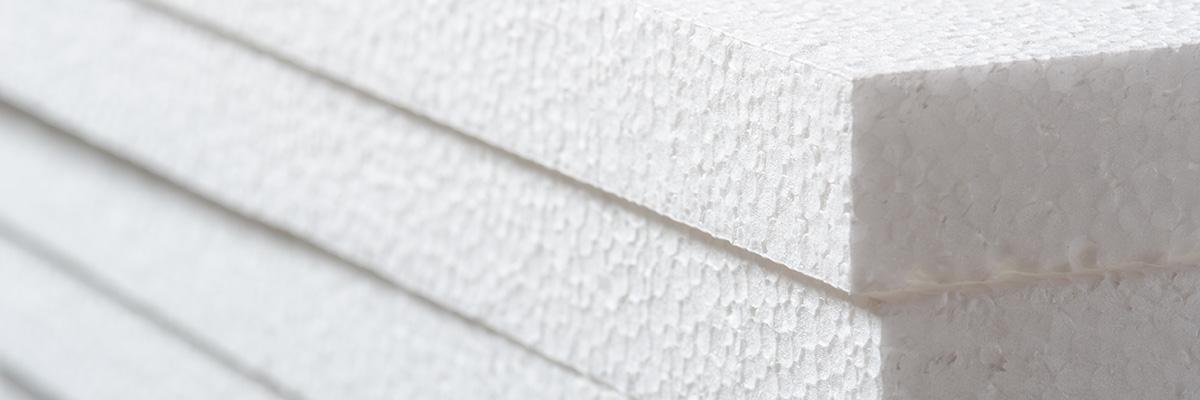 Frigolit används till både husbyggen och när du skickar paket